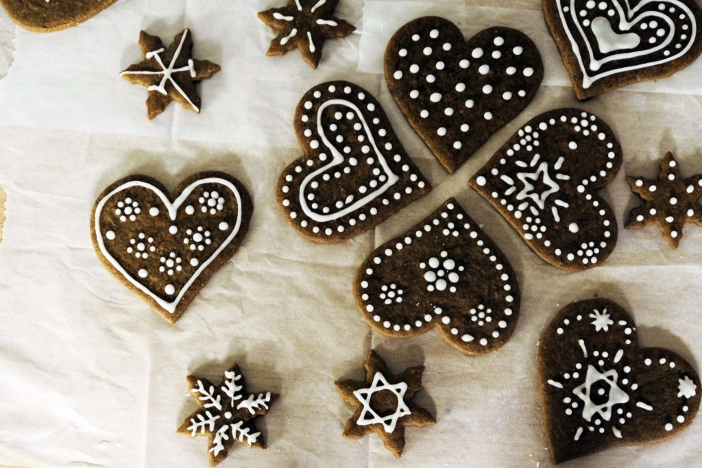 Gingerbread Hearts For Christmas